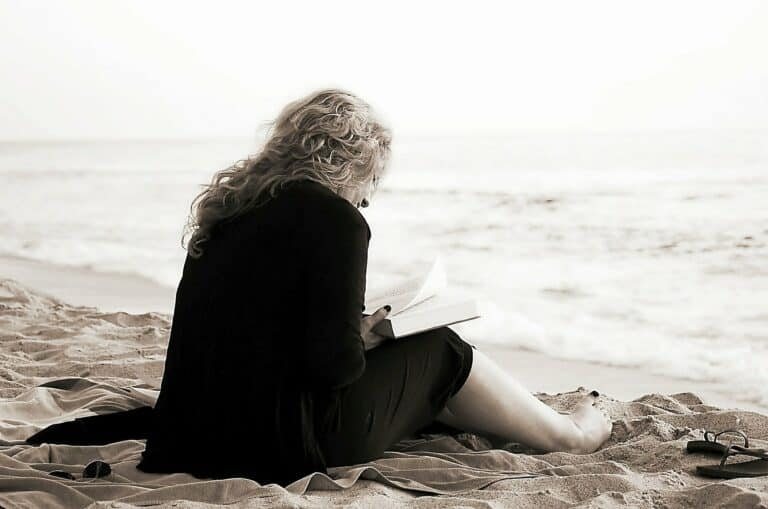 The Best Writing Makes You Forget You're Reading